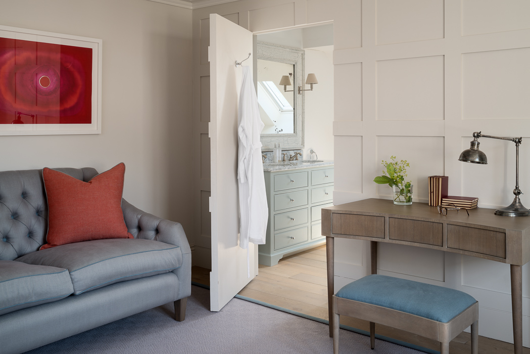 wooden dressing table with grey and red interior details