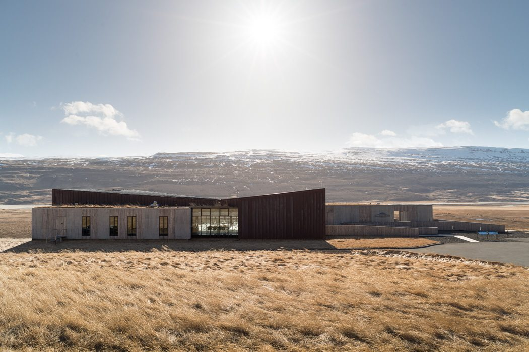 Snaefellsstofa Visitor Center Landscape Sunlight Photograph