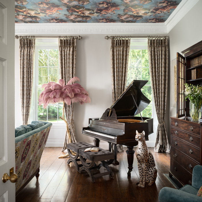 jeffreys interior piano room with cheetah statue